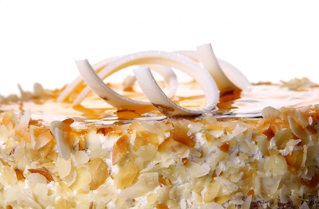 Dessert gâteau aux fruits au chocolat blanc