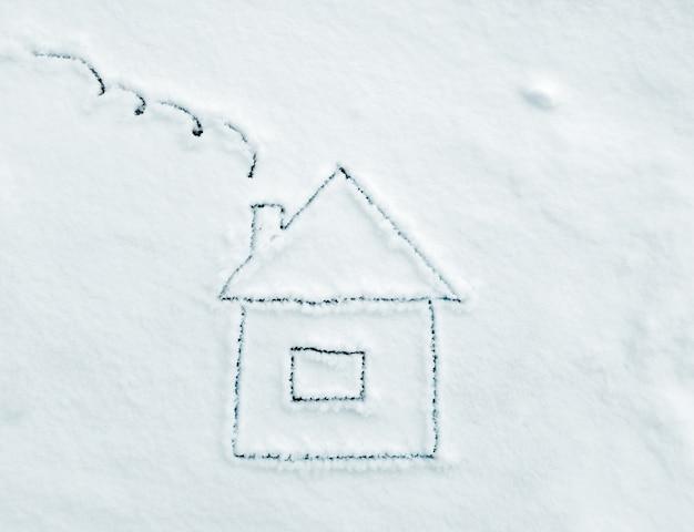 Dessin maison sur la neige