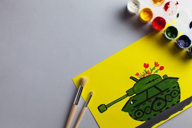Dessin pour enfants d'un char en cadeau pour l'anniversaire du jour de la victoire