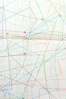 Dessin de vue de dessus avec des lignes colorées