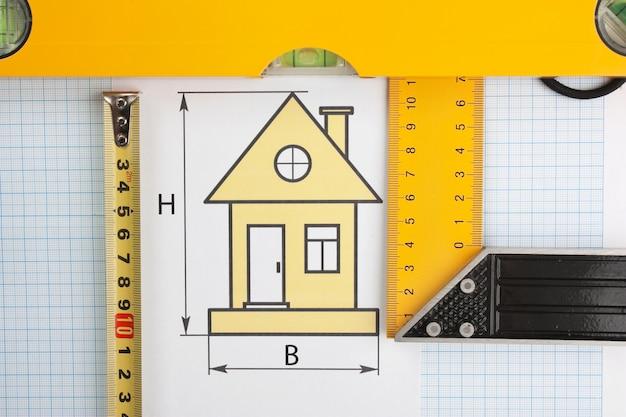 Dessins et outils de développement sur papier millimétré