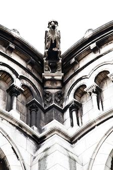 Détail de la basilique du sacré-cœur de paris, communément appelée basilique du sacré-cœur, dédiée au sacré-cœur de jésus, à paris, france