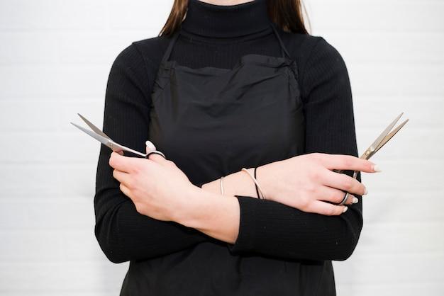 Détail du coiffeur avec des outils