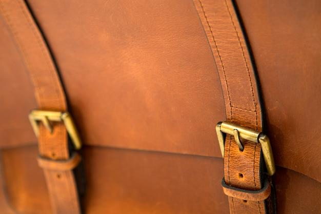 Détail du sac en cuir