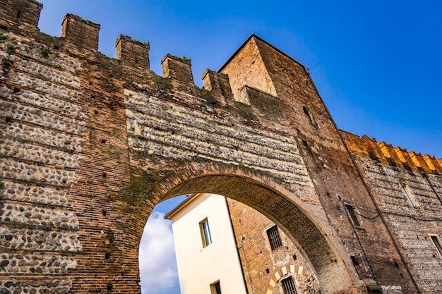 Détail de la forteresse de vérone, italie