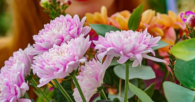 Détail de macro de fleurs turquoises dans la nature