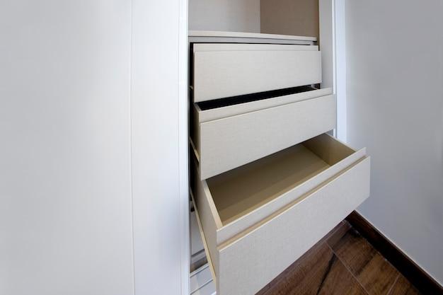 Détail des nouveaux tiroirs ouverts