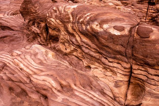Détail de la roche de grès rouge