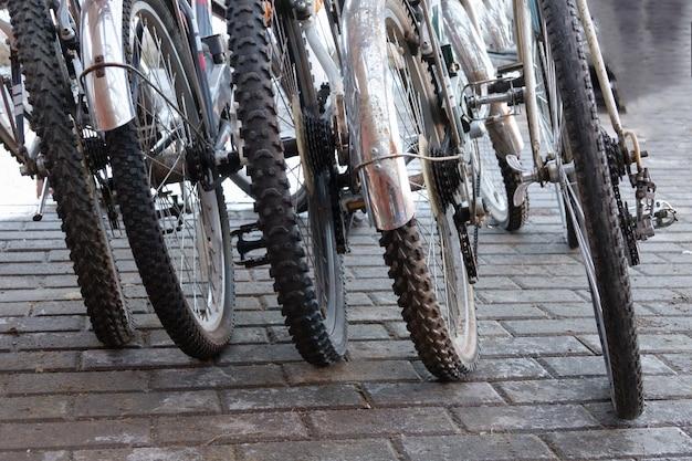 Détail d'un style vintage de pneu de vélo de montagne