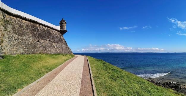Détail de la vue du phare de barra célèbre carte postale de la ville de salvador, bahia, brésil..