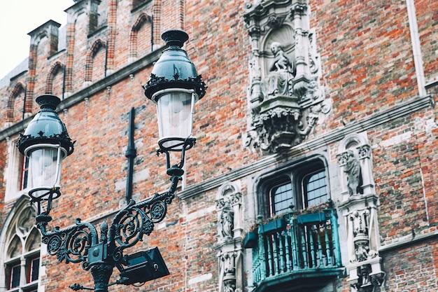 Détails d'un bâtiment historique à bruges belgique europe belge