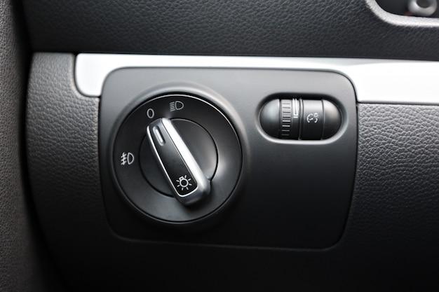 Détails de l'intérieur de la voiture moderne