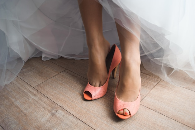 Détails de mariage de la mariée, chaussures de mariage