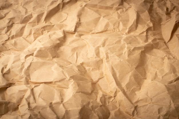 Détails de la texture du papier kraft froissé