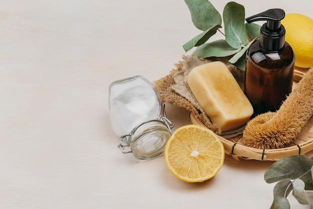Détente à l'intérieur des produits et du sel