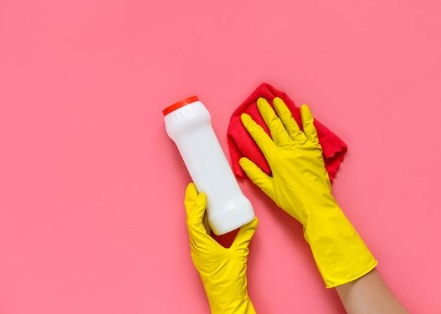 Détergents et accessoires de nettoyage