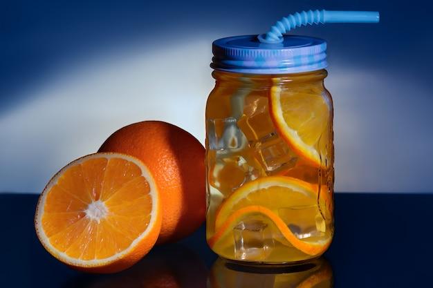 Detox avec orange et glace