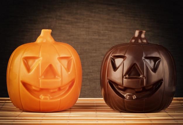 Deux citrouilles au chocolat halloween