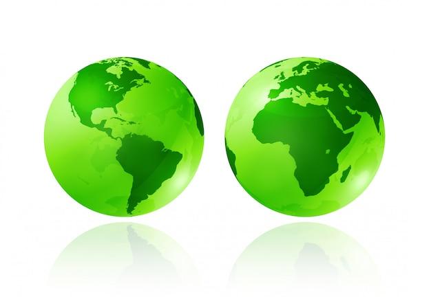 Deux globes de terre transparents verts sur fond blanc