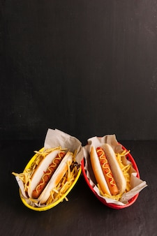 Deux hot-dogs