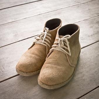 Deux laçage objet vêtements de pied