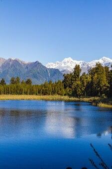 Deux sommets de l'île du sud, le mont cook et le mont tasman alpes du sud nouvelle-zélande