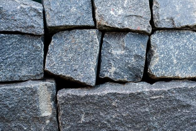 Les diabases reposent parfaitement les unes sur les autres maçonnerie pierres cubiques grises