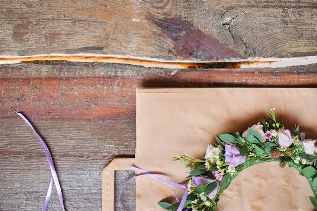 Diadème floral fait à la main de fleurs