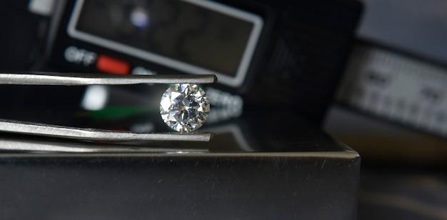 Diamant de luxe cher