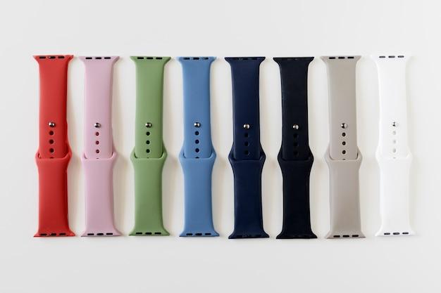 Différentes couleurs de bracelets en silicone pour montres connectées.