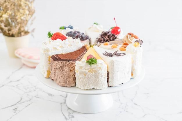 Différentes pièces de gâteau