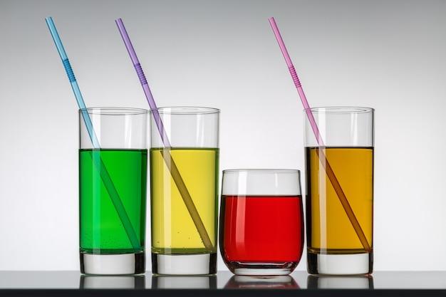 Différents cocktails ou long drink