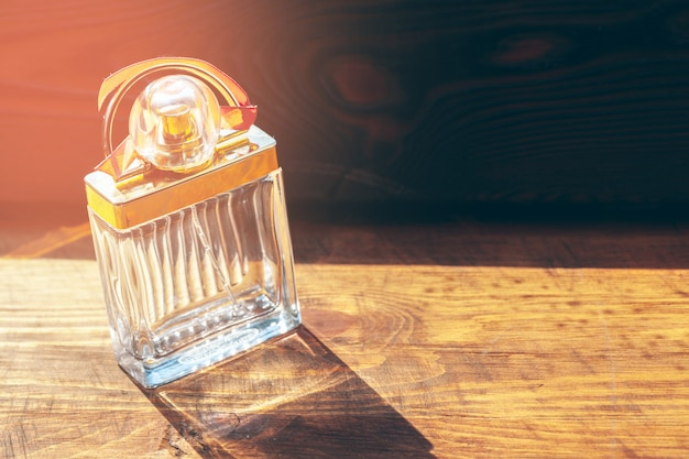 Différents flacons de parfum