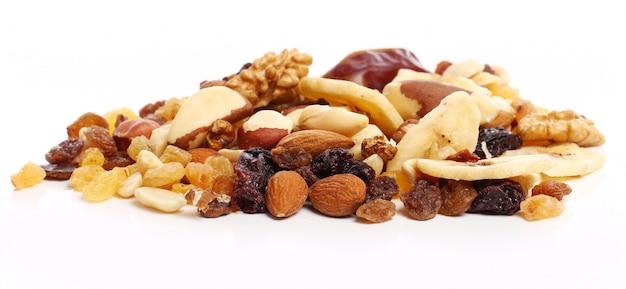Différents fruits secs