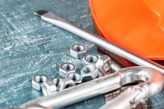 Différents outils de construction