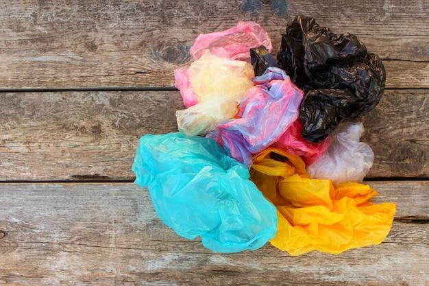 Différents sacs en plastique