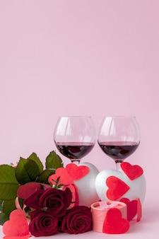 Dîner romantique de la saint-valentin avec une bague