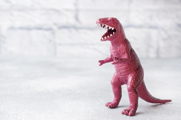 Dinosaure. jouet en caoutchouc plastique.
