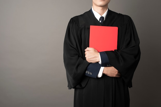 Diplômé homme éducation réussie
