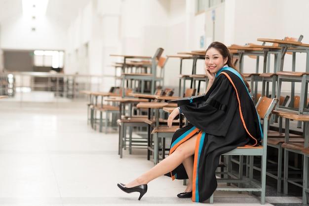 Diplômés en portrait, diplômés universitaires