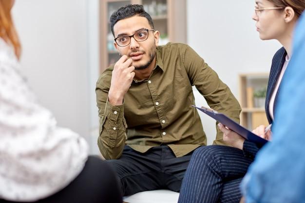 Discussion des problèmes avec le groupe de support