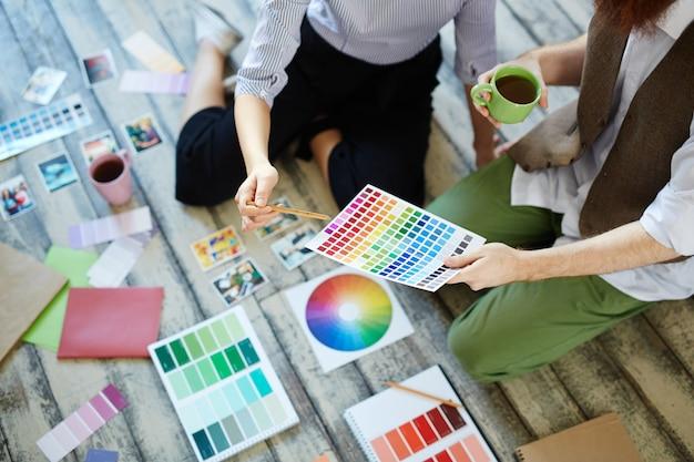 Discuter de couleurs
