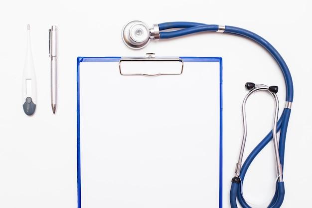 Dispositif d'aide santé du métal traitement sain