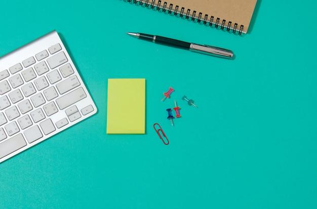 Dispositif sur le bureau