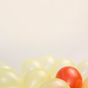 Disposition des ballons pour le concept d'individualité