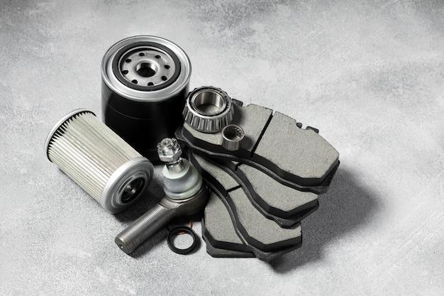 Disposition différente d'accessoires de voiture