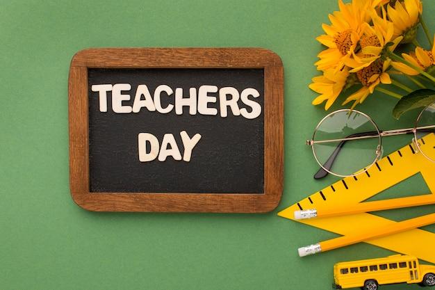 Disposition des éléments de la journée de l'enseignant
