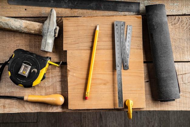 Disposition des éléments de travaux artisanaux