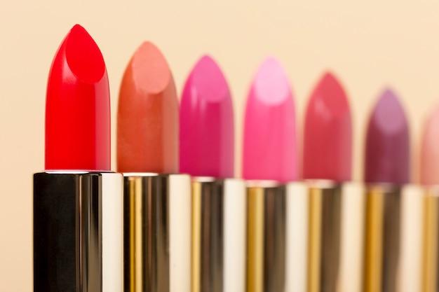 Disposition des nuances de rouge à lèvres