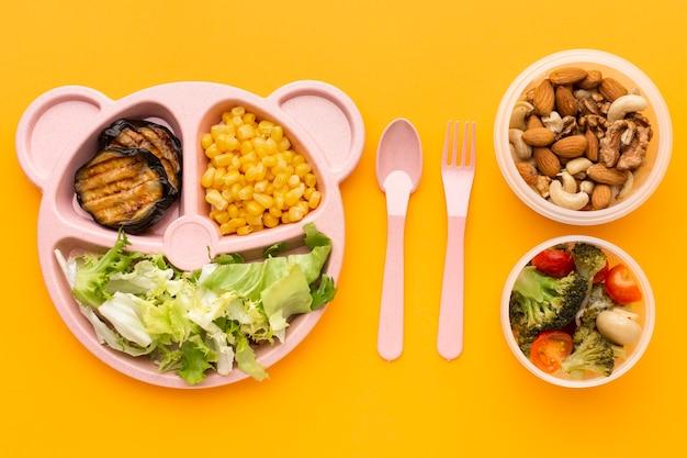 Disposition à plat des repas par lots